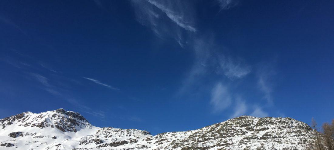 Montagnes hivernales